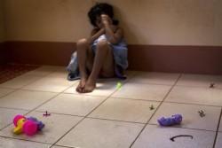両親に育児放棄され、路上で3年間暮らしていた7歳の女の子。ユニセフが支援するセンターに保護された。(ニカラグア)