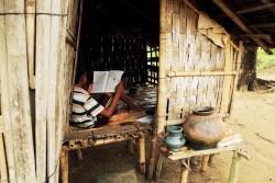 ミャンマー・ラカイン州にある、イスラム教徒の村に住む男の子。