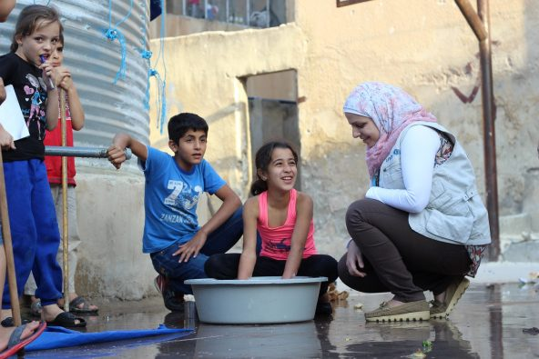 故郷のシリアを離れ、ユニセフ・イエメンで水と衛生専門官として活動するメイソンさん。