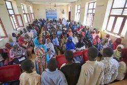 スーダンの地方自治体と住民でFGM根絶に向けた集会を開いている様子。(2019年2月撮影)