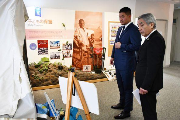 2020年1月30日、ユニセフハウスを訪問された筒香嘉智選手(写真左)。