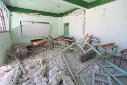 2月26日の攻撃で破壊されたカンサフラ(Kansafra)小学校の教室。(2020年3月8日撮影)