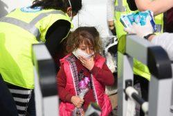 トルコ・パザルクレには、国境を越えてギリシャを目指す移民・難民が集まる。(2020年3月7日撮影)