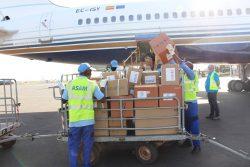 デンマークの航空機でバマコに到着した7.5トンの医療物資。 (2020年4月4日撮影)