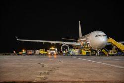 医療物資を乗せたEU共同出資のベルギーの帰還用航空機。(2020年4月11日撮影)