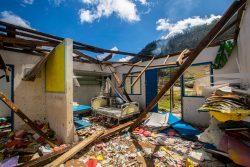 被害を受けたメルシシ保健センター。(バヌアツ、2020年4月13日撮影)