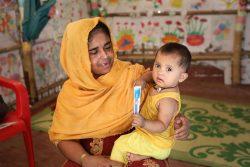 COVID-19のパンデミックにより、ロヒンギャ難民キャンプに滞在する子どもたちが栄養危機にさらされている。