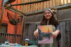 ワシントンD.C.に住む17歳のTさん(仮名)。自殺願望があったが、療養センターでアートセラピーを用いた治療を受けることができた。 (米国、2020年7月27日撮影)