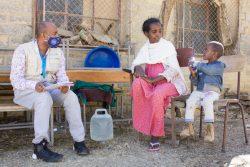 ユニセフの緊急栄養補給プログラムを受ける3歳のミルンちゃん。(2021年1月撮影)
