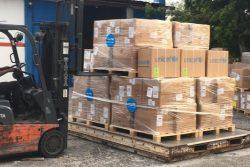 首都ポルトープランスに届いたユニセフの医療・水と衛生物資。(2021年8月20日撮影)