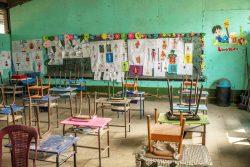 子どもたちのいないパレンシアの学校の教室。(グアテマラ、2020年4月撮影)