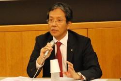 「子どもに夢を与える」仕事を生かした取り組みを説明するJAL・日岡氏