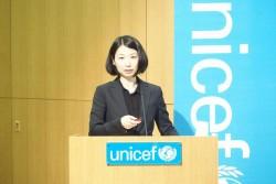 「子どもにやさしい」商品を通じて人権問題の解決に貢献したいと話すLIXIL・小竹氏