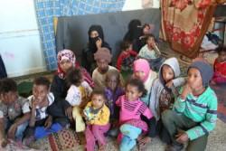イッバの学校に身を置く13人の子どもの母親、マリヤムさん。