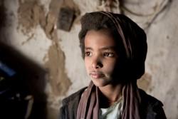 イエメンのサヌアで暮らす男の子。