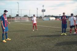 動画から:両チームの試合の様子