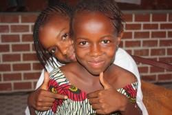 ガンビアの女の子たち。