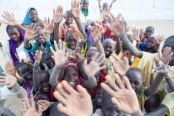 ナイジェリア、マイドゥグリの難民キャンプに滞在する子どもたち(2016年12月撮影)