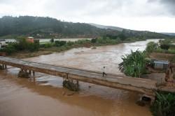 2016年2月、洪水の影響を受けたAnalamanga地域の村。