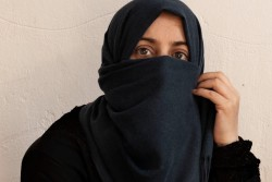 シリア難民のファウジアさん(39歳)。
