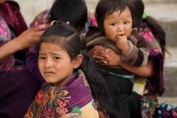 地震で被災したメキシコの子どもたち。