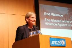 子どもに対する暴力撤廃のためのグローバル・パートナーシップ(Global Partnership to End Violence against Children)のスーザン・ビッセル事務局長。
