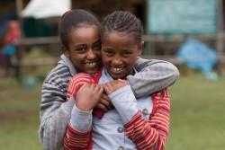 小学校に通うエチオピアの女の子たち。 (2017年5月撮影)