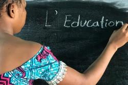 兵士に捕らえられ暴力を目にしたガブリエルちゃんの1番の願いは、教育を受けること(コンゴ民主共和国)。 (2017年8月撮影)