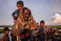 バングラデシュにたどり着いたロヒンギャ難民の人たち。 (2017年10月16日撮影)