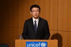 「世界子供白書2017」発表会に登壇された、警察庁 生活安全局 山下史雄局長。