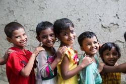 ユニセフが支援する就学前教育に参加する子どもたち。(バングラデシュ)2016年8月撮影