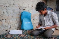 家に戻れる日を夢見る国内避難民の男の子。(2018年3月14日撮影)