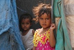 紛争により避難を余儀なくされた子どもたち。(2018年3月15日撮影)