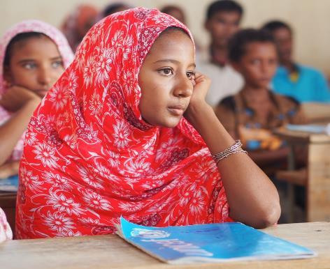 識字クラスの青年女子