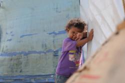 多くの子どもたちは外で友達と遊んでいるときや、学校の登下校時に犠牲になっている。