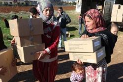 レバノン:シリア難民の子どもたちへ冬服を提供,バーコード入り